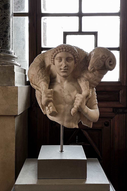 Hermes Kriophoros