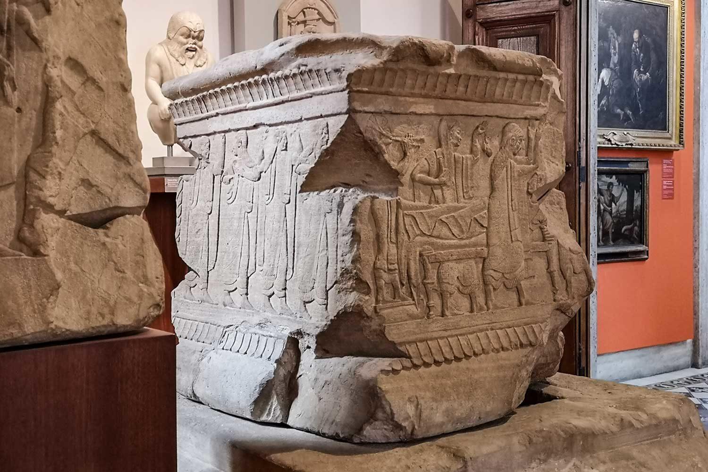 Cippo di Chiusi - Museo Barracco