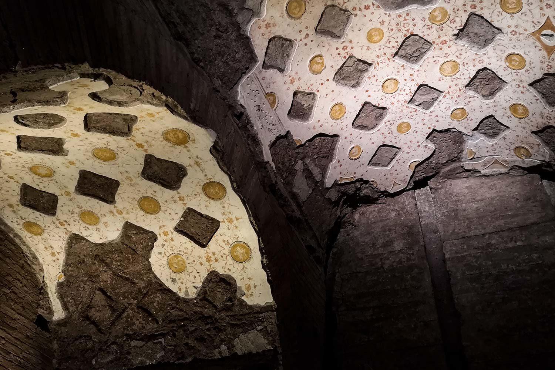 Grottesche Domus Transitoria