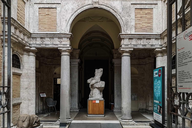Loggia Museo Barracco