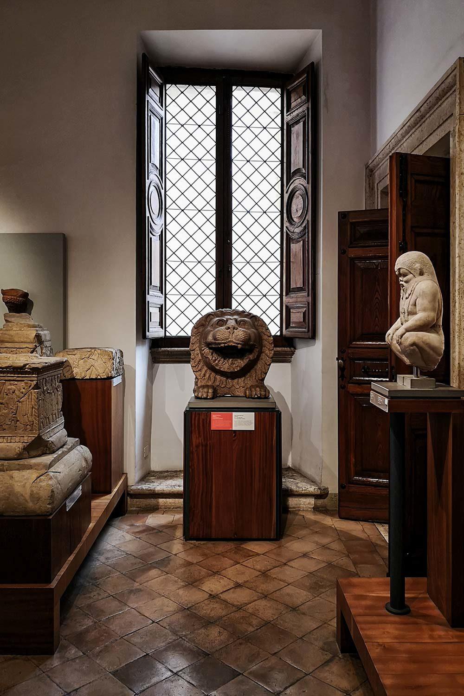 Museo Barracco, Sala Arte Etrusca e Fenicia