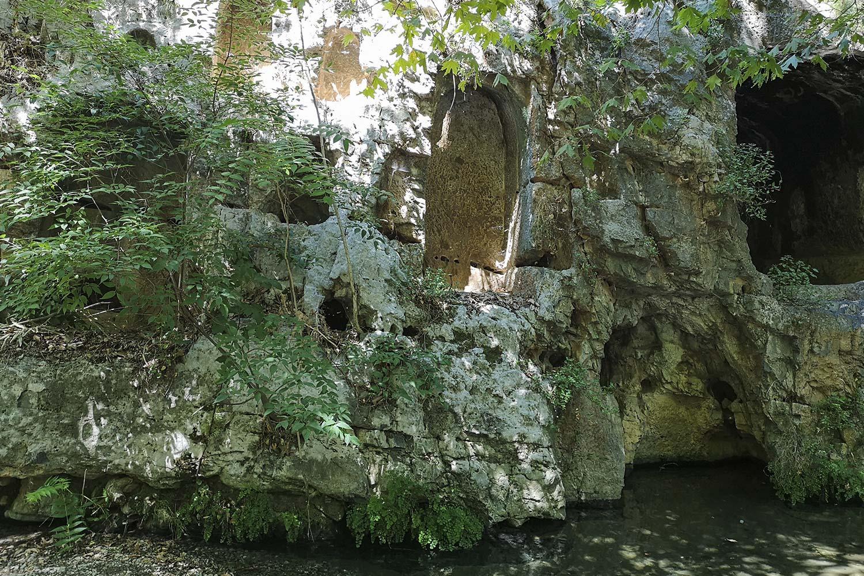 Nicchie sacre lungo l'Ercina