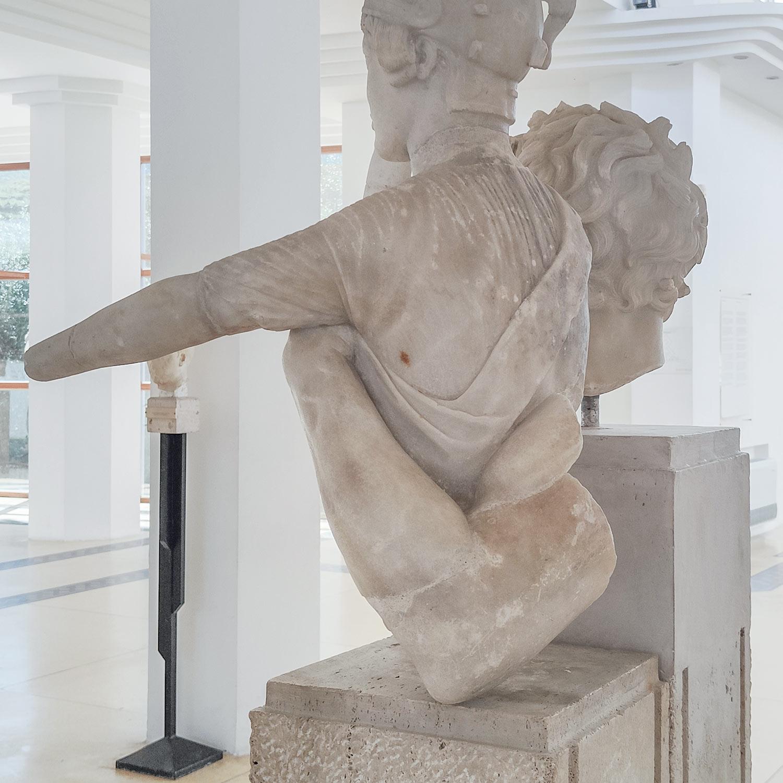 Dettaglio del gruppo del Palladio dal retro