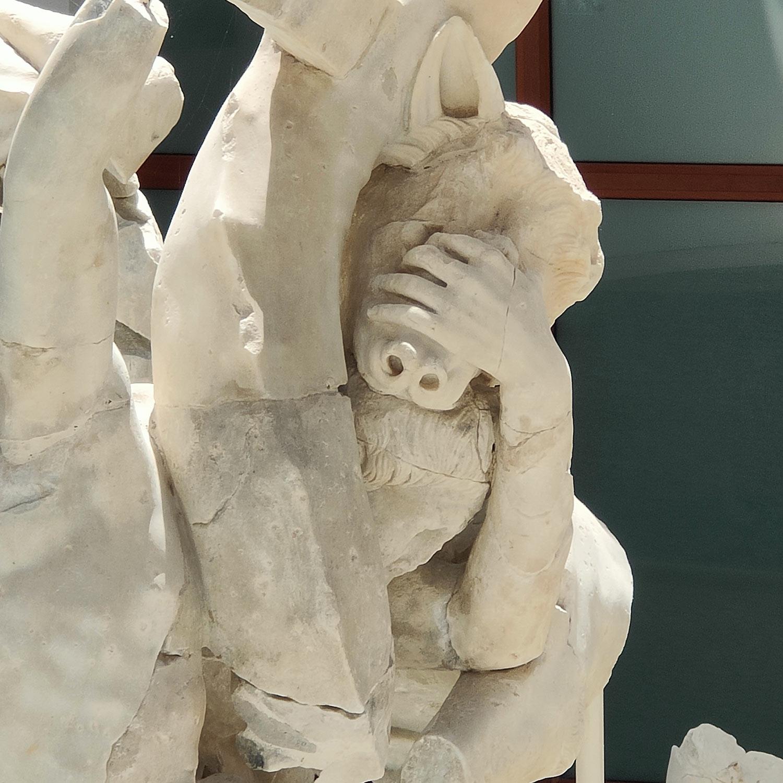 Compagni di Odisseo catturati da Scilla
